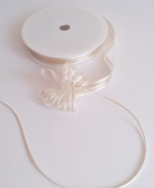 Cream Satin Edge Pull Bow Ribbon 10mm x 25m